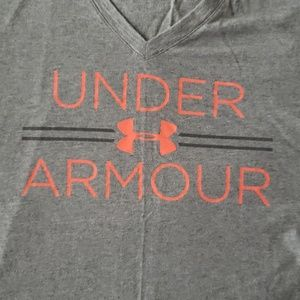 Under Armour T-shirt size small